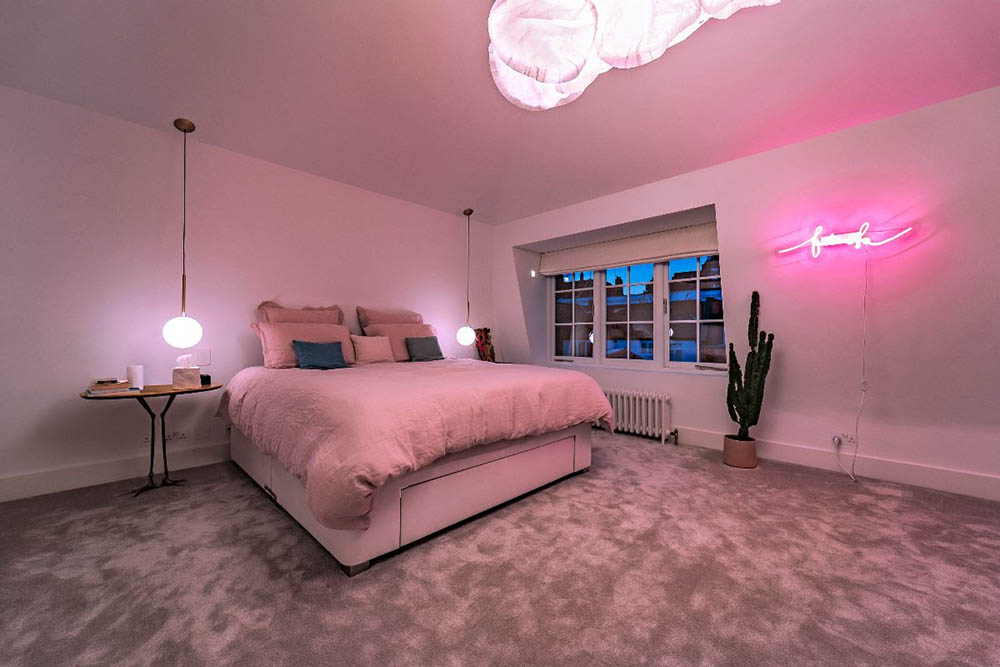 video-bedroom-conceal-tv-2-optimized