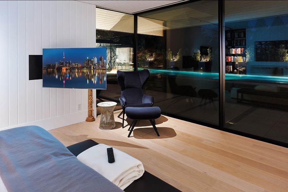 video-bedroom-conceal-tv-3-optimized