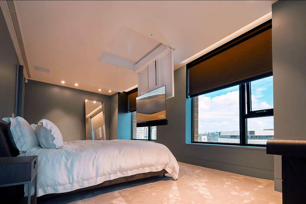 video-bedroom-conceal-tv-9-optimized