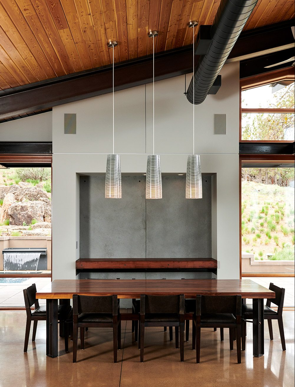 case-study-2-well-lit-lodge-dining-room