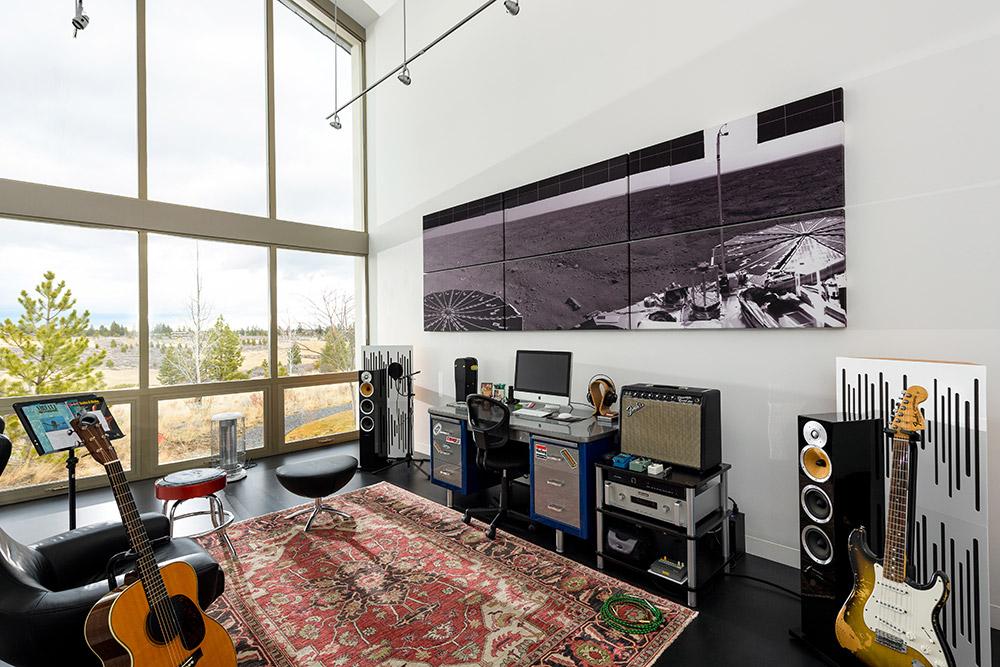 case-study-3-modern-studio-music-room