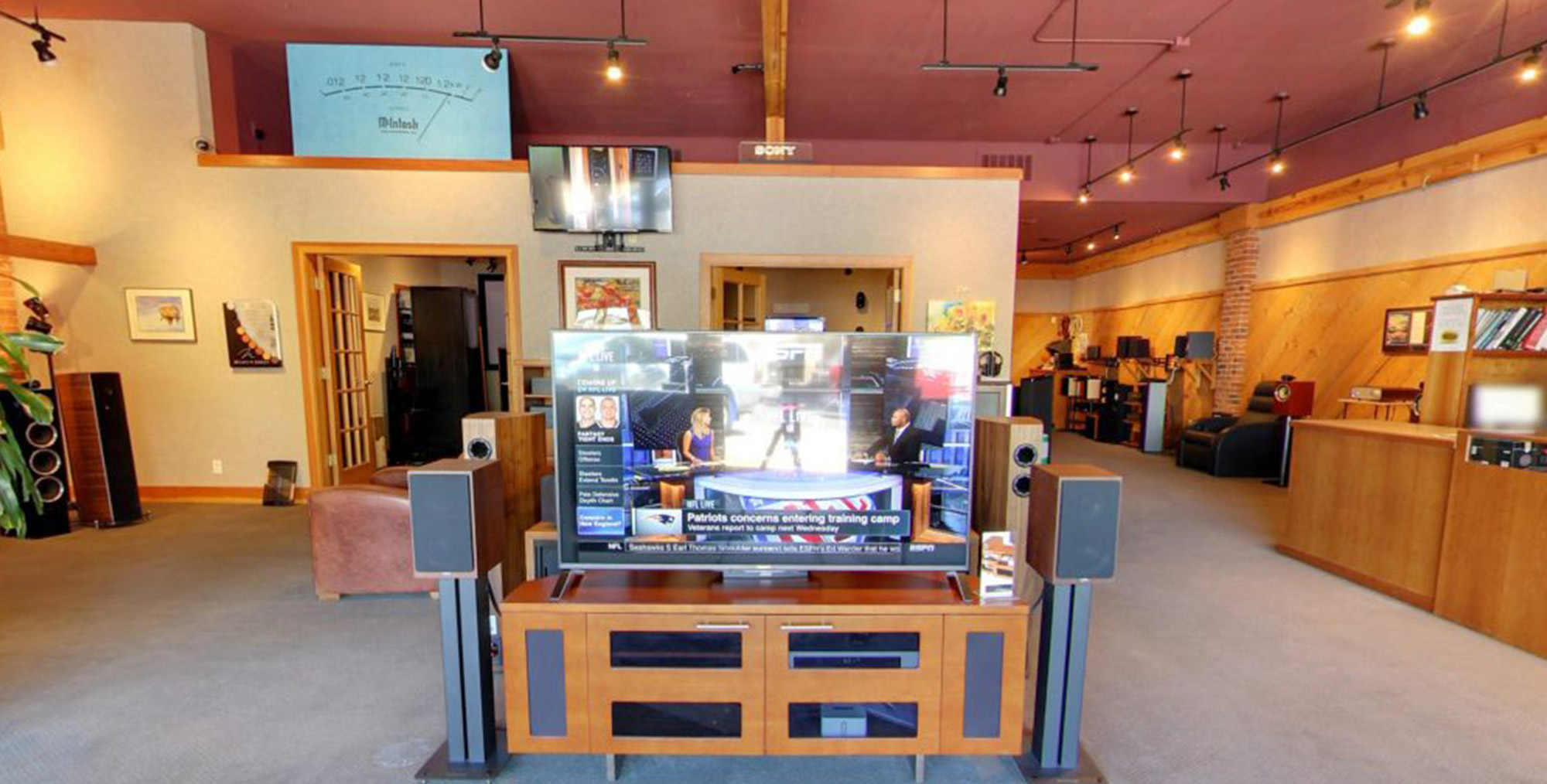The Stereo Planet showroom, featuring an entertainment center set-up